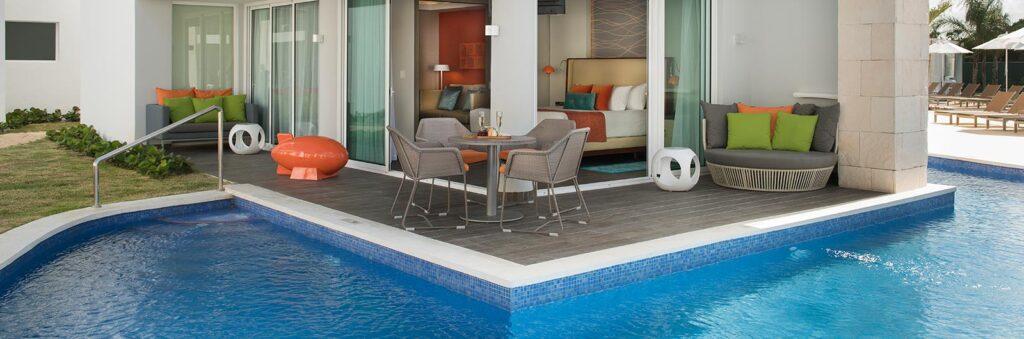 Swank Wrap Around Swim Up Suite